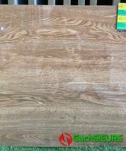 Gạch bóng kiếng giả gỗ 60×60 đẹp siêu bóng kiếng