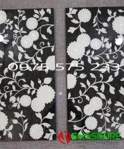 Đá ốp tường nhũ bạc 30×60 trang trí bông hoa văn điểm nhấn đẹp